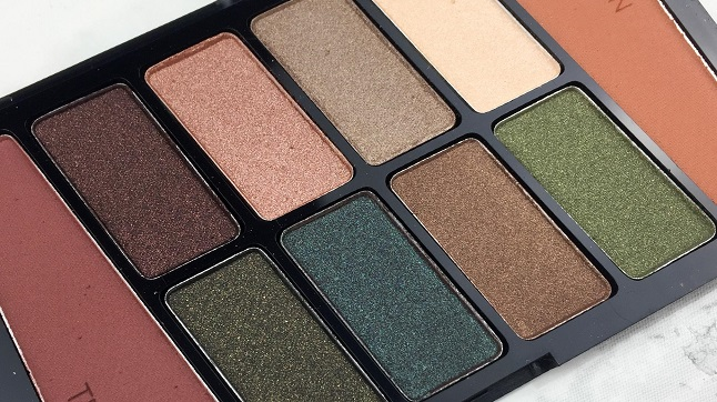Wet n Wild - 10 Pan Palette Comfort Zone - Review - Farben closeup