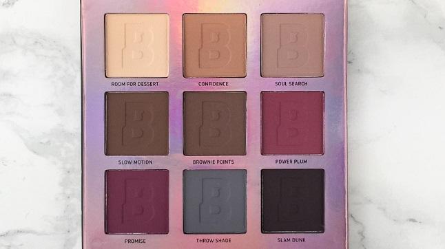 BEAUTY BAY - Eyn Berry Matte 9 Colour Palette Review - Farben