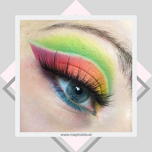 BH Cosmetics - Take me back to Brazil - Bunter Look 1