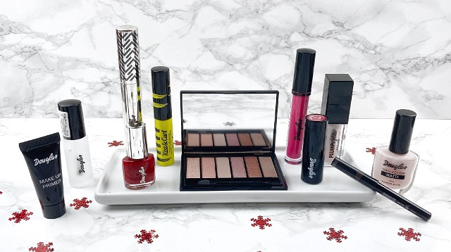 Douglas - Luxury Adventskalender Beauty - Unboxing - Inhalt Makeup Übersicht