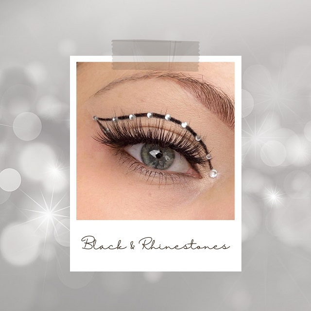 Makeup Inspiration für Silvester - Black Liner and Rhinestones