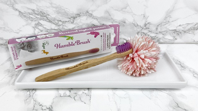Unboxing Bipa Bonusbox - November 2020 - Inhalt - Humble Brush Kinderzahnbürste