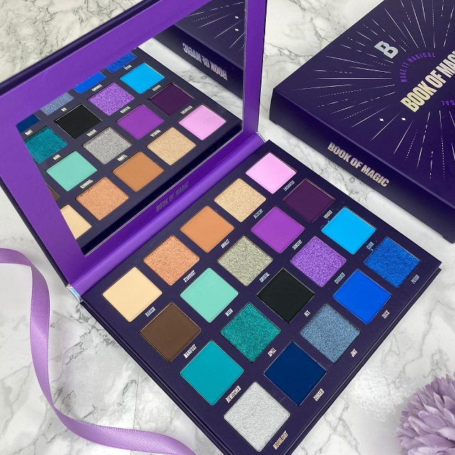 By Beauty Bay - Book of Magic Palette Review -Innenleben