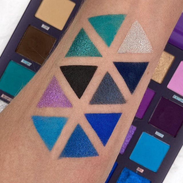 By Beauty Bay - Book of Magic Palette Review - Swatches Reihe 3 und 4